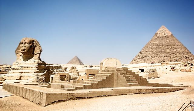 pyramida u sfingy