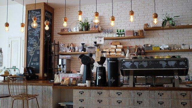 Kavárna, barista, káva